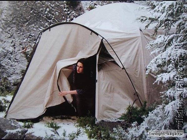 белла с джейпокоб в палатке видео