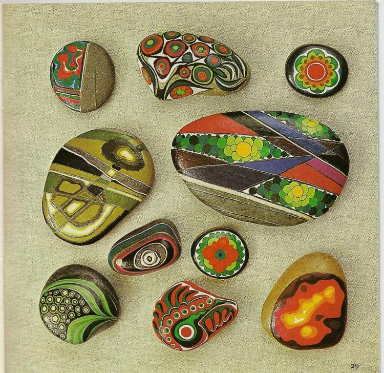 Какой краской красят камни поделки 74