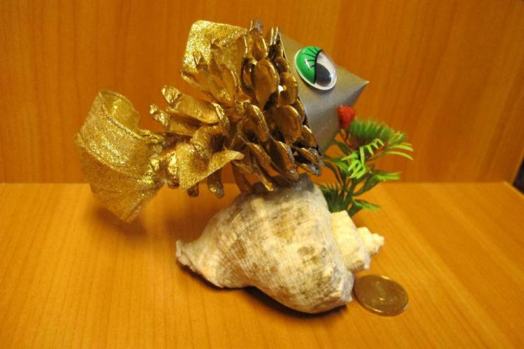 Рыбка золотая поделки