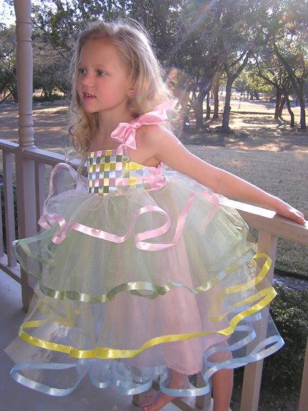 Праздничное платье для девочки 5 лет сшить своими руками