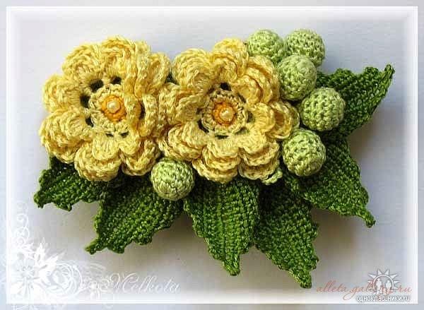 Вязать цветы для украшения крючком