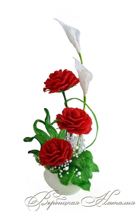 Греческие розы из бисера фото