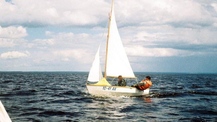 лодка под парус купить